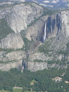 De upper en lower Yosemite waterval